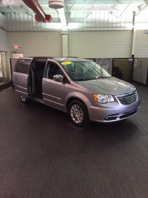 LVT-car-dealership